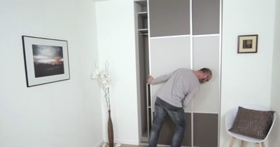 poser facilement des portes de placard coulissantes. Black Bedroom Furniture Sets. Home Design Ideas